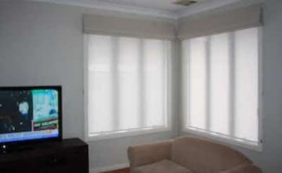 Roman-blinds-indoors